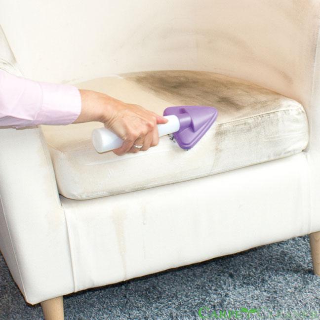 pranie tapicerki w domu